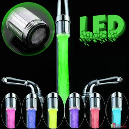 Светодиодная насадка на кран с подсветкой воды