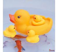 """Игрушка для купания """"Уточка с утятами"""""""